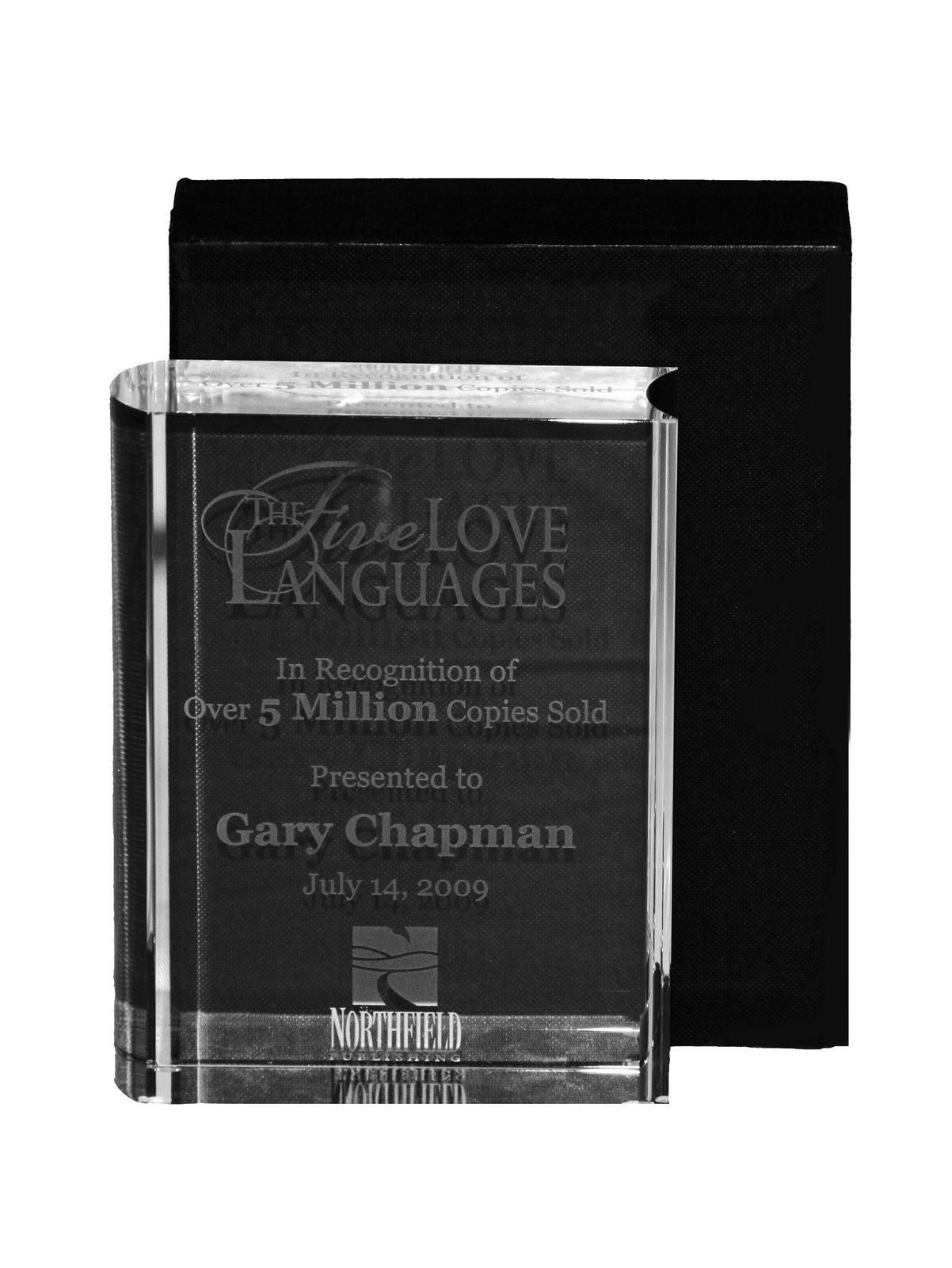 Moody Publishers celebrated the success of Gary Chapman's The Five Love  Languages (Northfield Publishing, Oct '92) at a special reception held on  July 14th.